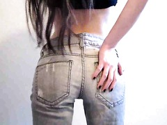Teen Webcam Girl In Her Tight Jeans