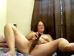 Mature Woman On Webcam
