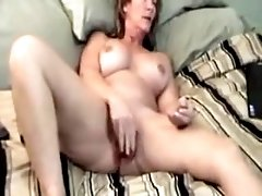 Housewife MILF Webcam Masturbation