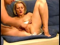Amateur Girl Pussy Fisting