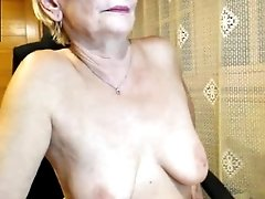 Kinky Mature Hot Sex Show On The Webcam With Hot Stud