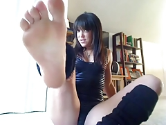Monique Foot Joi