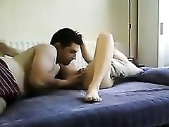 Guy Eating His Chicks Pussy Live