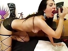 Brunette Girl Gives A Extreme Sloppy Dildo On Cam
