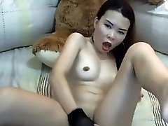 Hot Little Filipina Girl Having Orgasm On Pussycamhd.c0m