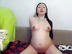 Pregnant Asian Cam Girl Lee